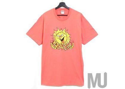 Supreme Sun Tee Bright Coralの写真