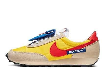 Nike Daybreak Speed Yellow Womensの写真