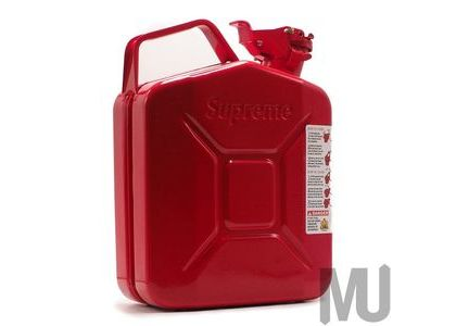 Supreme × Wavian 5L Jerry Can Redの写真