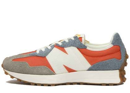 New Balance 327 Red Navy Grey の写真