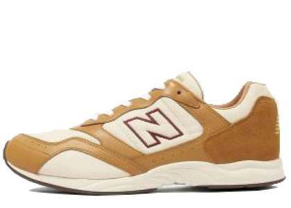 Beauty & Youth × New Balance RC205 Brownの写真