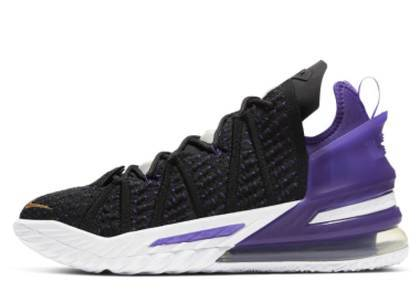 Nike Lebron 18 Lakersの写真
