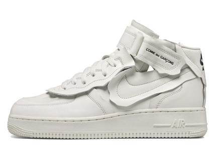 Comme Des Garcons × Nike Air Force 1 MID Whiteの写真
