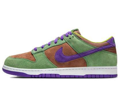 Nike Dunk Low SP Veneerの写真