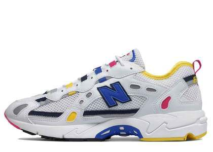 New Balance 827 White Atomic Yellowの写真