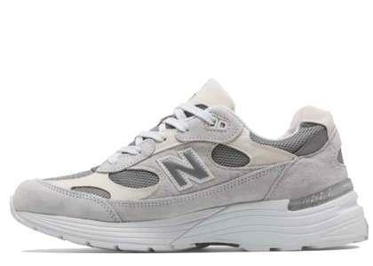 New Balance 992 White Silverの写真