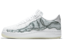 Nike Air Force 1 Low Skeleton Halloweenの写真