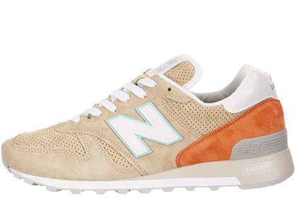 New Balance 1300 Tan Orangeの写真