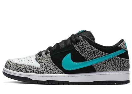 Nike SB Dunk Low Elephant