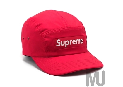 Supreme Inset Logo Camp Cap Redの写真