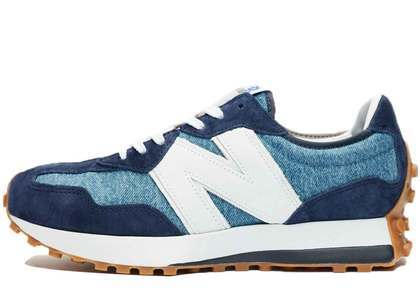 Levi's × New Balance MS327 LVAの写真