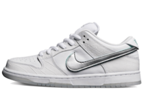 Nike SB Dunk Low Diamond Supply Co White Diamondの写真