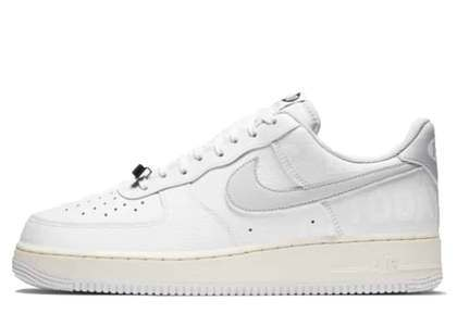 Nike Air Force 1 07 Low 1-800の写真