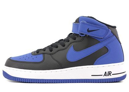 Nike Air Force 1 Mid Royal の写真