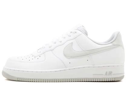 Nike Air Force 1 Low White Pure Platinum の写真