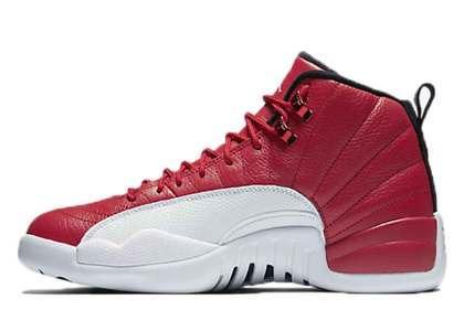 Nike Air Jordan 12 Retro Gym Redの写真