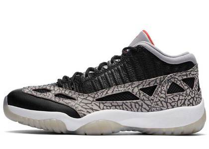 Nike Air Jordan 11 Retro Low IE Black Cementの写真