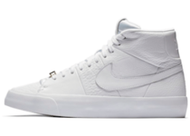 Nike Blazer Royal Triple Whiteの写真