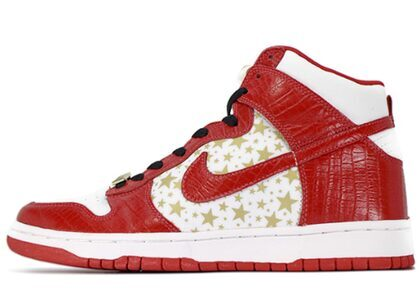 Supreme × Nike SB Dunk High Pro Red Starsの写真