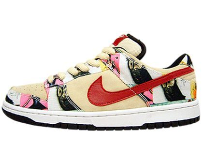 Nike SB Dunk Low Parisの写真