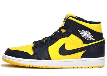 Nike Air Jordan 1 Mid Michiganの写真