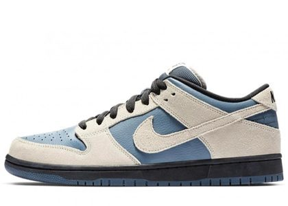 Nike SB Dunk Low Light Cream Thunderstormの写真