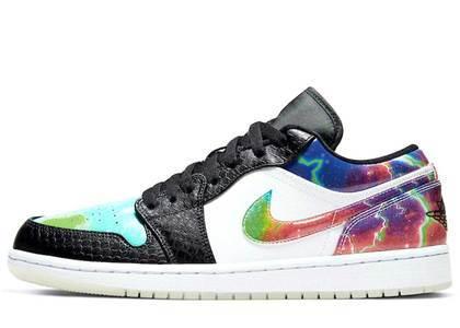 Nike Air Jordan 1 Low Galaxyの写真