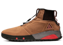 Nike ACG Ruckel Ridge Light British Tanの写真