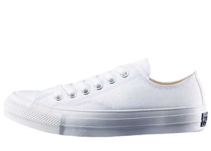 ConverseChuck Taylor Canvas Ox Whiteの写真