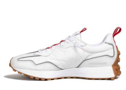 Aries × New Balance 327 Whiteの写真