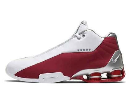Nike Shox BB4 Varsity Redの写真