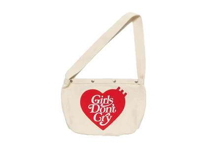 Girls Don 't Cry × Human Made Shoulder Bag Whiteの写真