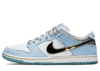 Sean Cliver × Nike SB Dunk Lowの写真