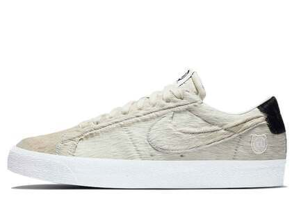 Medicom Toy x Nike SB Blazer Low BE@RBRICKの写真