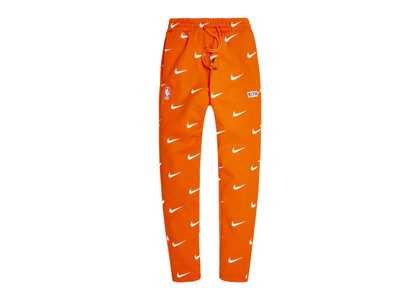 Kith × Nike for New York Knicks Swoosh Sweatpant Orangeの写真