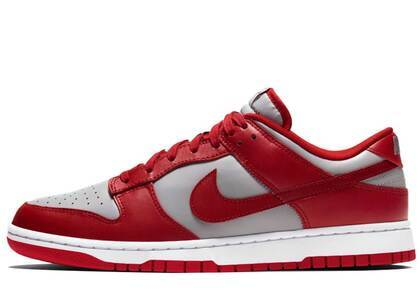 Nike Dunk Low Retro UNLVの写真