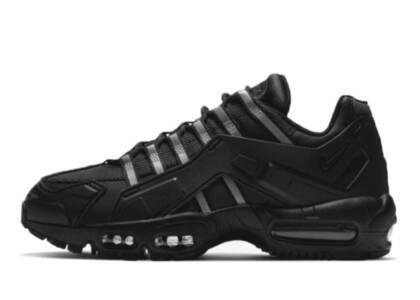 Nike Air Max 95 NDSTRKT Blackの写真