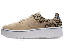 Nike Air Force 1 Sage Low Premium Desert Ore Black Wheat Womensの写真