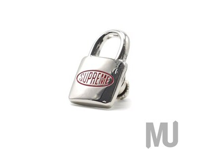 Supreme Lock Pin Silverの写真