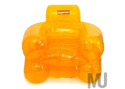 Supreme Inflatable Chair Amberの写真