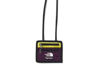 Supreme The North Face Expedition Travel Wallet Sulphurの写真