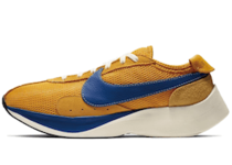 Nike Moon Racer Yellow Sailの写真