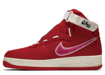 Nike Air Force 1 High Emotionally Unavailableの写真