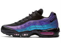 Nike Air Max 95 Throwback Futureの写真