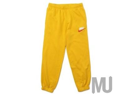 Supreme Nike Sweatpant Mustardの写真