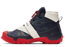 Nike SFB Mountain Undercover Obsidian の写真