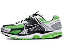 Nike Zoom Vomero 5 Lime Greenの写真