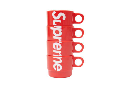 Supreme Stacking Cups (Set of 4) Redの写真