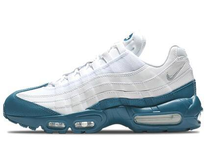 Nike Air Max 95 White Green Abyssの写真
