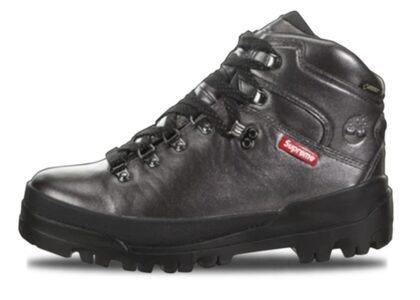 Supreme × Timberland World Hiker Front Country Boot Blackの写真